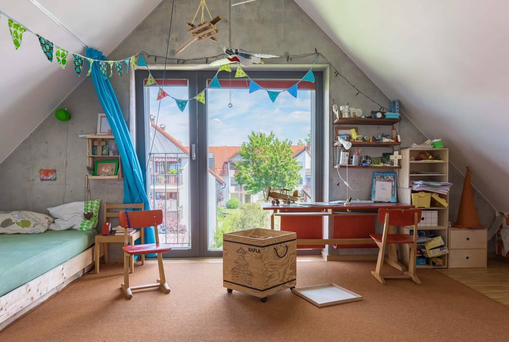 EFH in Weilheim:  Kinderzimmer von WSM ARCHITEKTEN