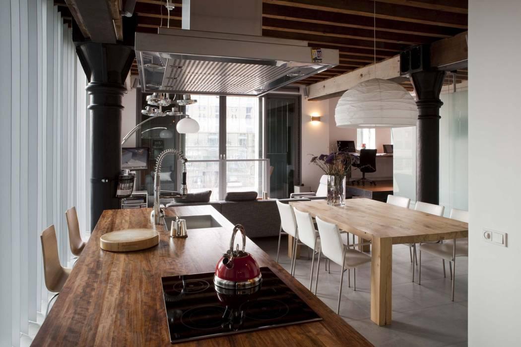 Living room by Thijssen Verheijden Architecture & Management, Scandinavian