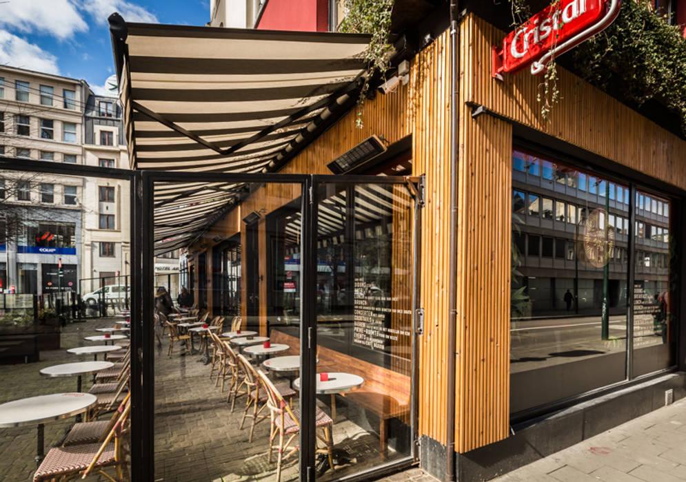 Rénovation complète d'un Café - Restaurant: Restaurants de style  par Créateurs d'Interieur,