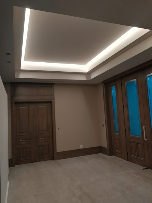 RMC Arquitectura Colonial corridor, hallway & stairs