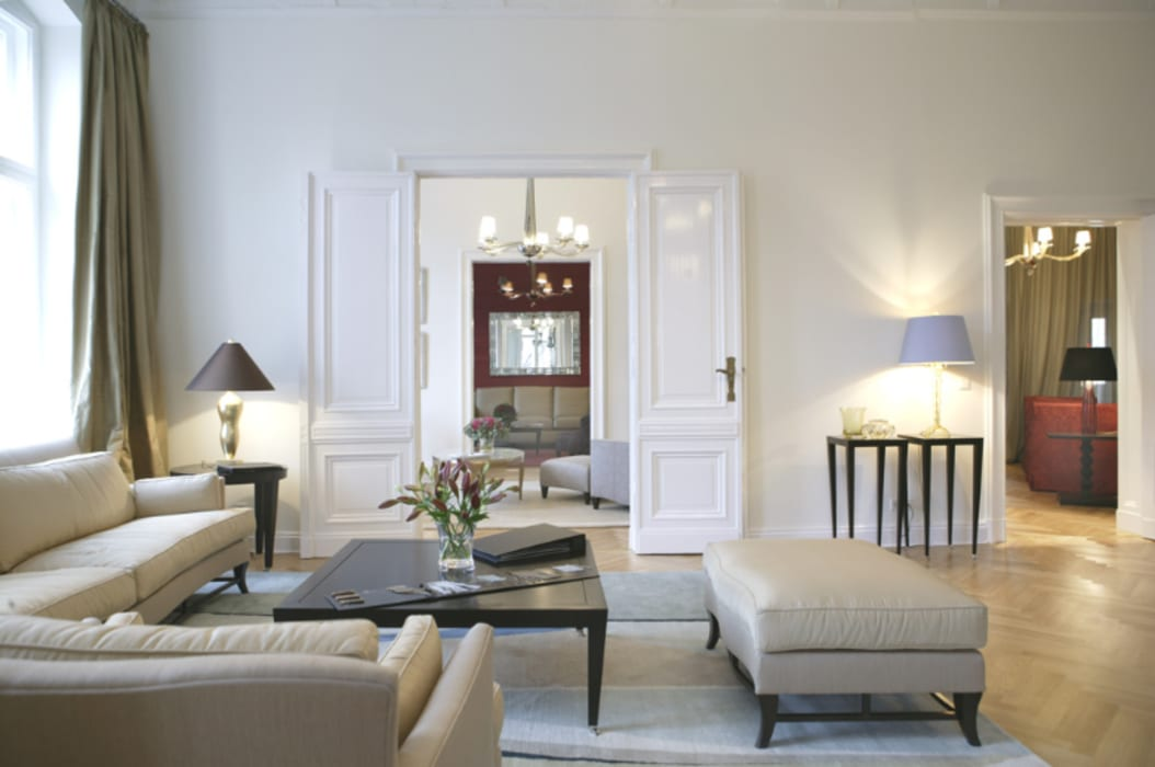 Salon 1: modern von m-moebeldesign - interior by bock ...