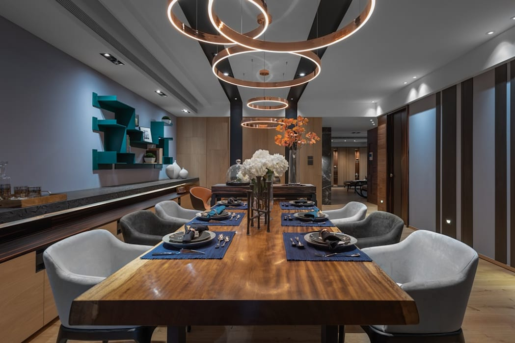 寬敞的餐廳另一視角 Modern Dining Room by 宸域空間設計有限公司 Modern