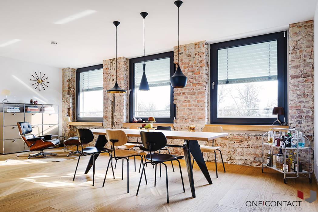 ONE!CONTACT - Planungsbüro GmbH의  다이닝 룸