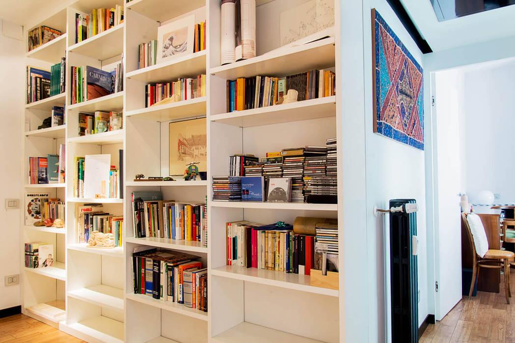 Libreria soggiorno moderno di vitae studio - architettura ...