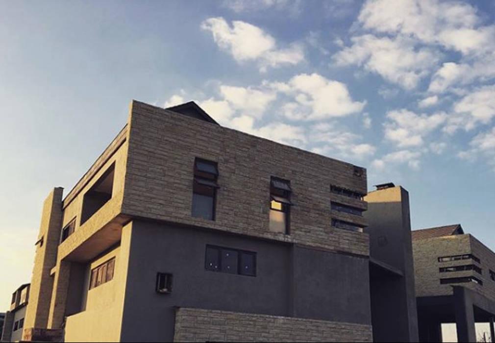 Construction - Exterior Progress:  Houses by TOP CENTRE PROPERTIES GROUP (PTY) LTD