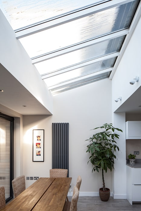 Stondon Park:  Roof by Red Squirrel Architects Ltd, Modern