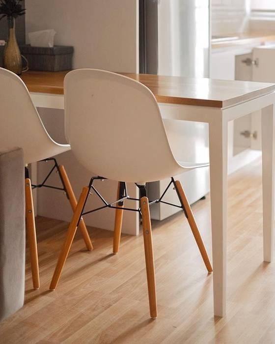 Meja Makan:  oleh FIANO INTERIOR, Minimalis