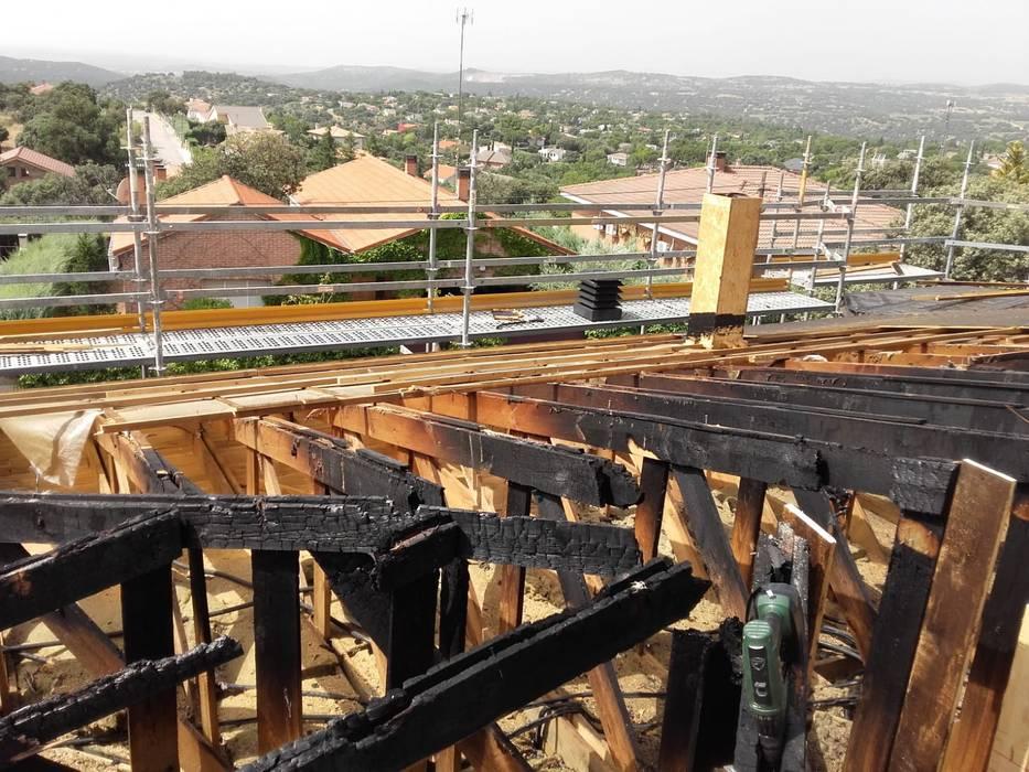 Estado original del tejado:  de estilo  de Recasa  S.L.