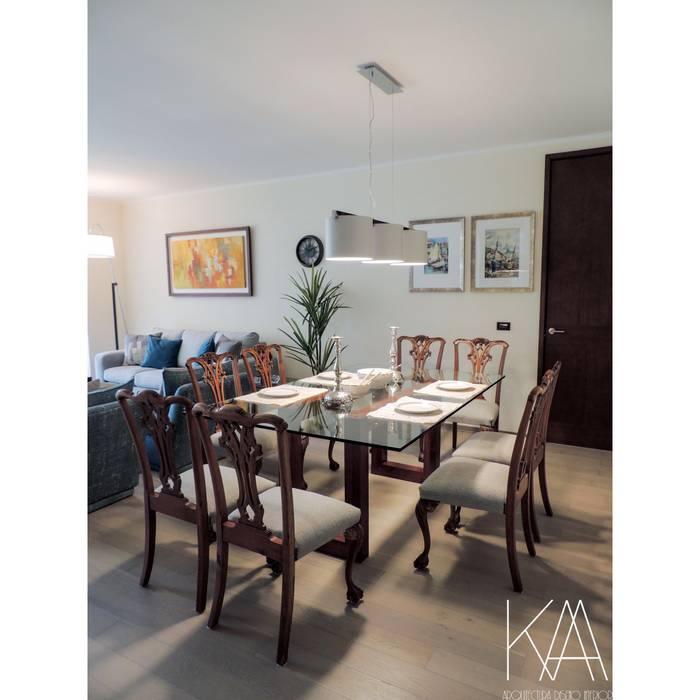 Comedor Comedores de estilo clásico de Kaa Interior | Arquitectura de Interior | Santiago Clásico Madera Acabado en madera