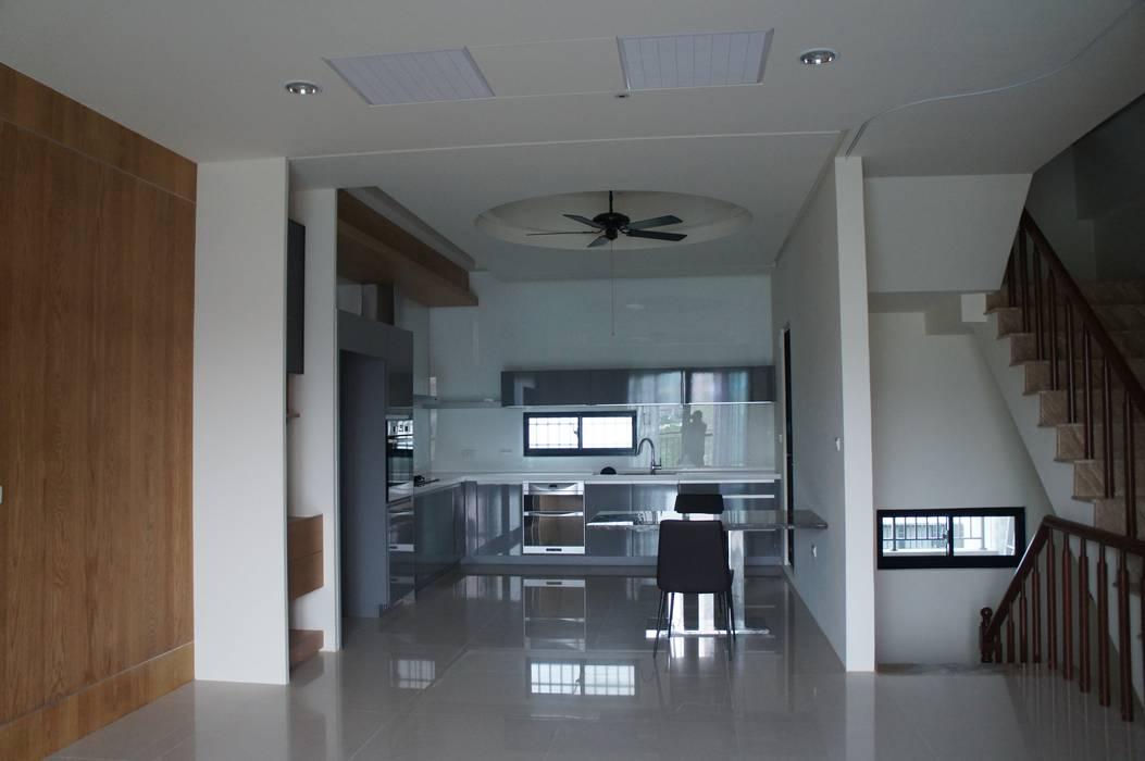 二樓廚房 by houseda Asian Glass