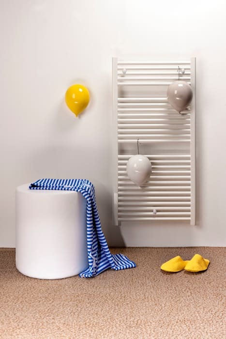 Oggetti Complementi Darredo Design.Modern Bathroom By Creativando Srl Vendita On Line Oggetti