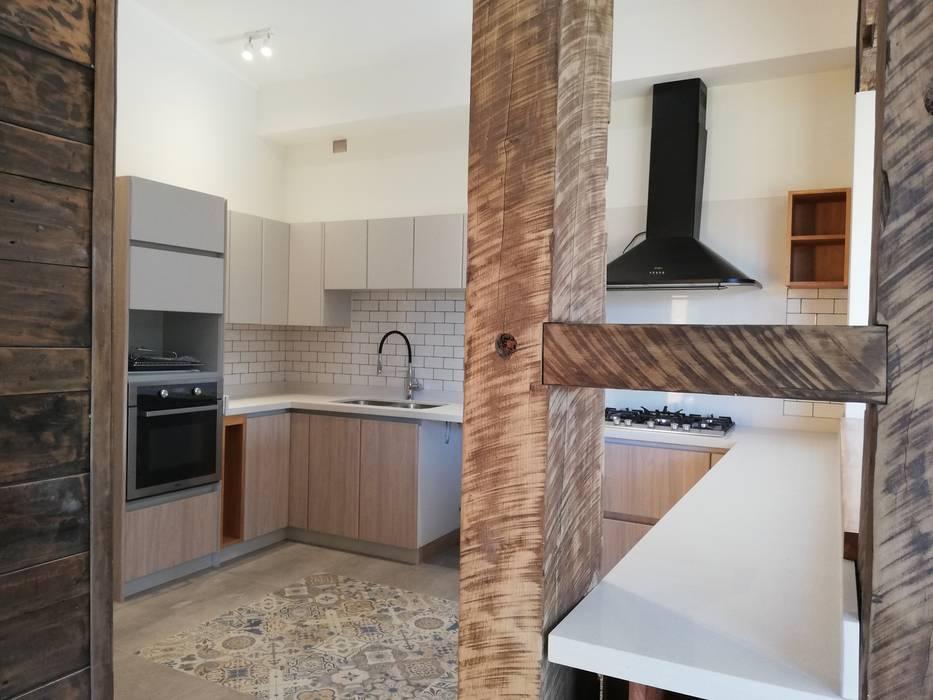 Tủ bếp theo Quo Design - Diseño de muebles a medida - Puerto Montt, Hiện đại