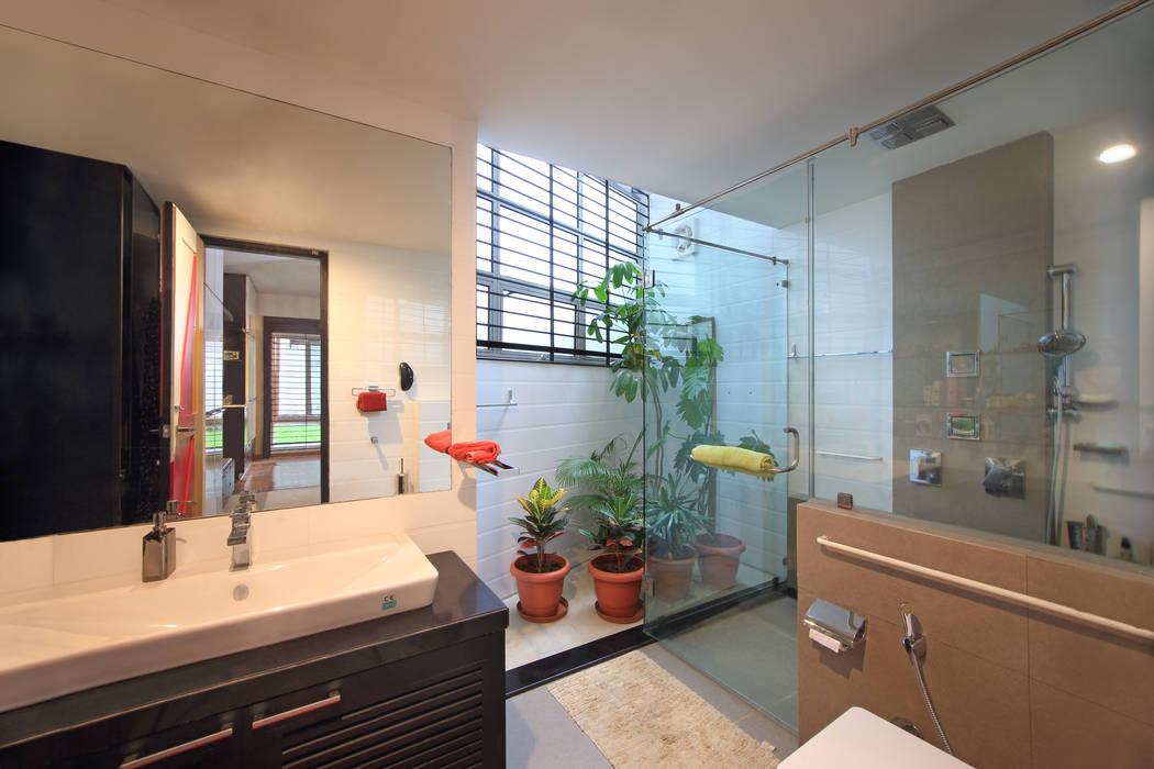 Kembhavi Architecture Foundation Modern style bathrooms
