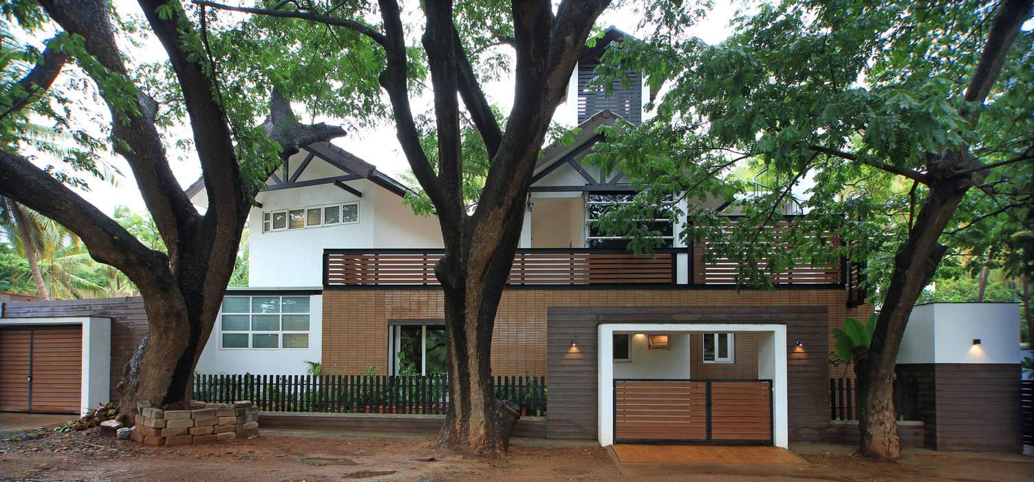 Villa oleh Kembhavi Architecture Foundation