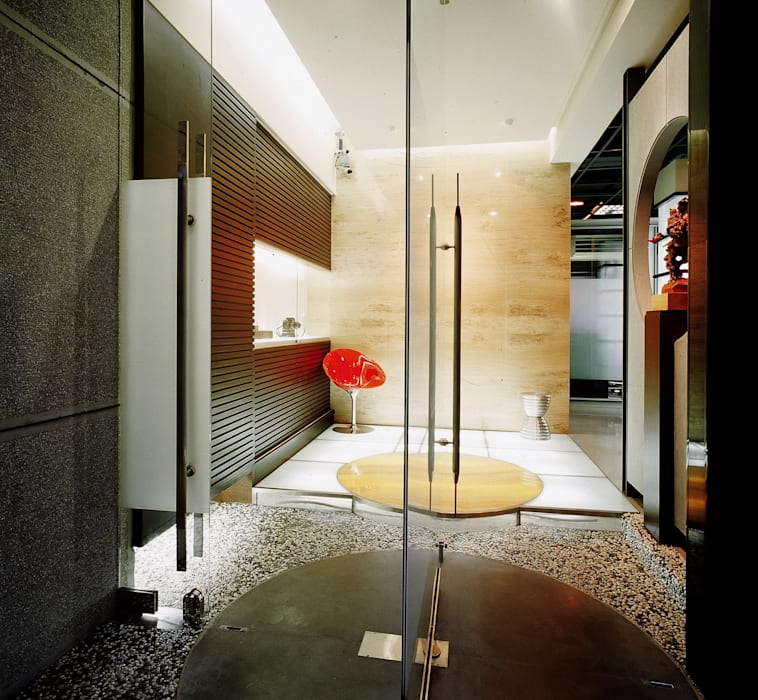 Oficinas y Tiendas de estilo  por 京采空間設計, Industrial