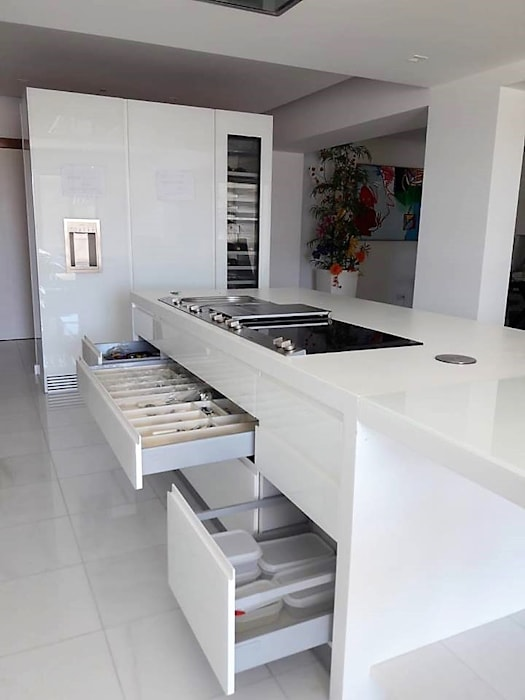 Dioni & Gaggenau por DIONI Home Design Moderno