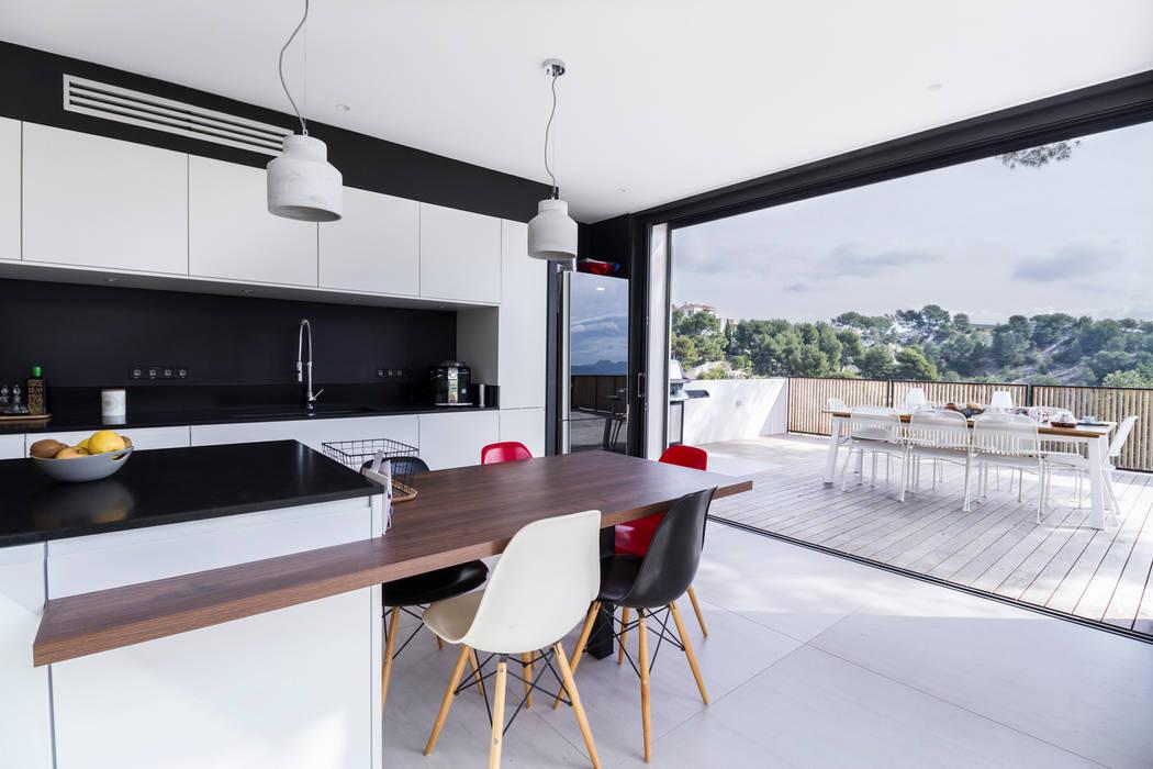 Villa Contemporaine Cuisine moderne par Pixiflat Moderne
