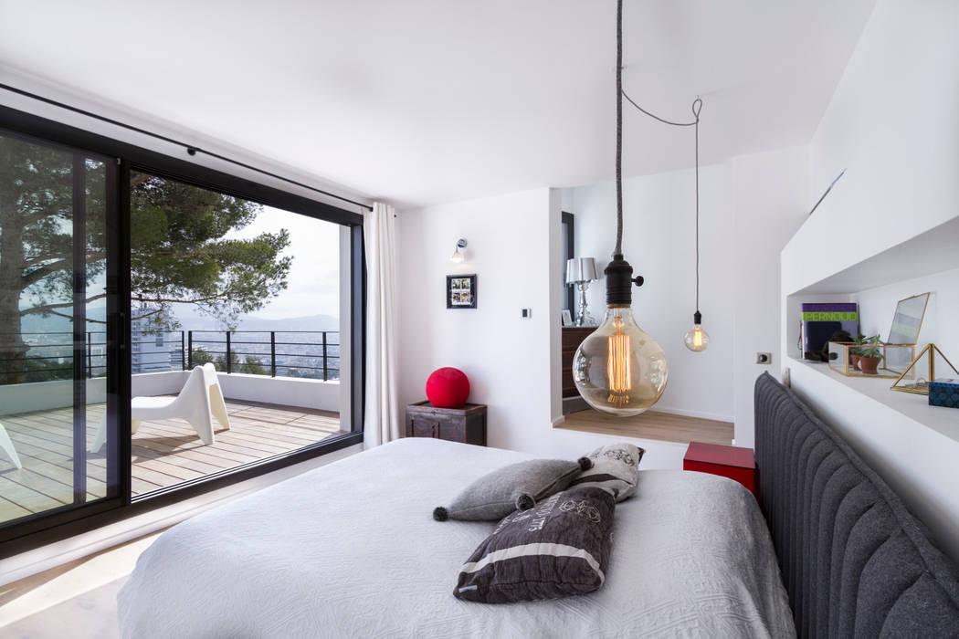 Modern Bedroom by Pixiflat Modern