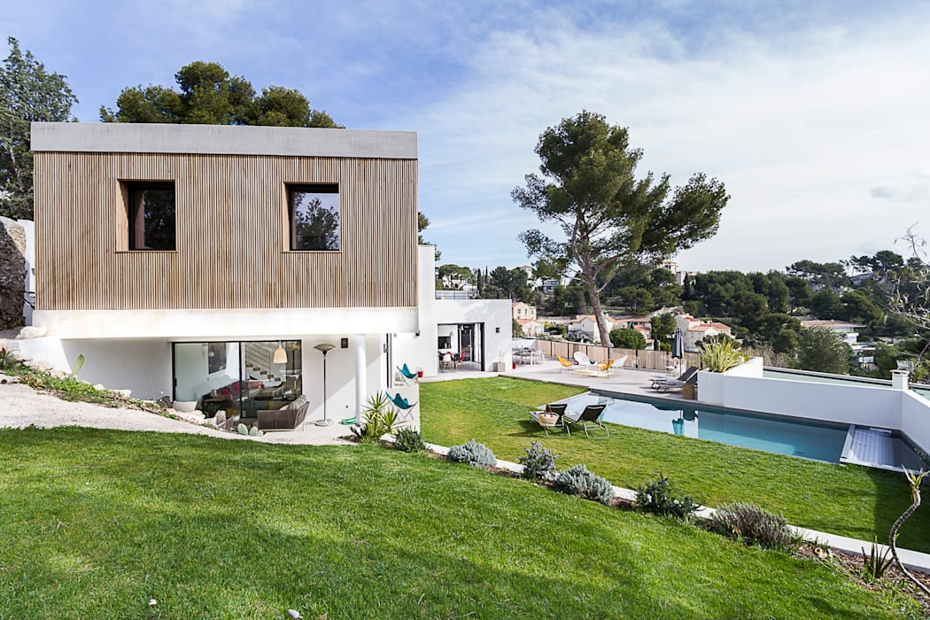 Modern Houses by Pixiflat Modern