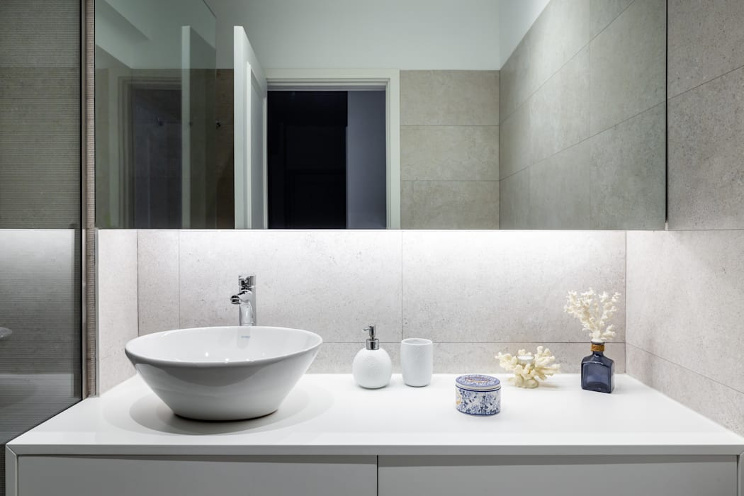 Modern Bathroom by MOBEC Modern