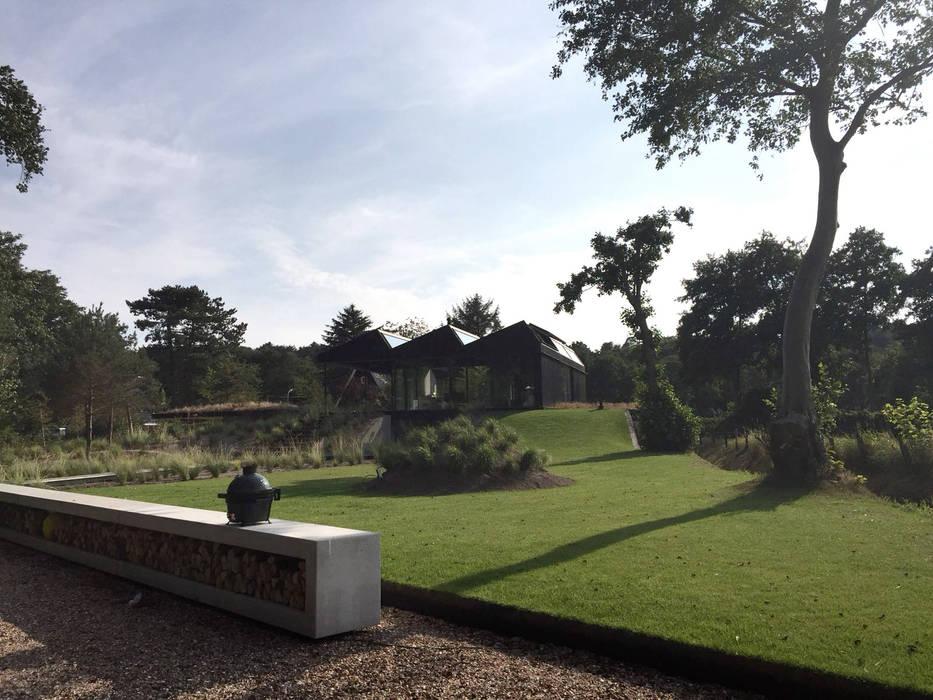 Garden in Schoorl   The Netherlands Minimalist style garden by Andredw van Egmond   designing garden and landscape Minimalist