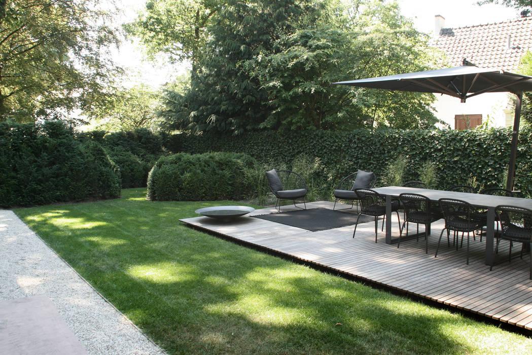 Classical feel:  Garden by Andredw van Egmond  |  designing garden and landscape