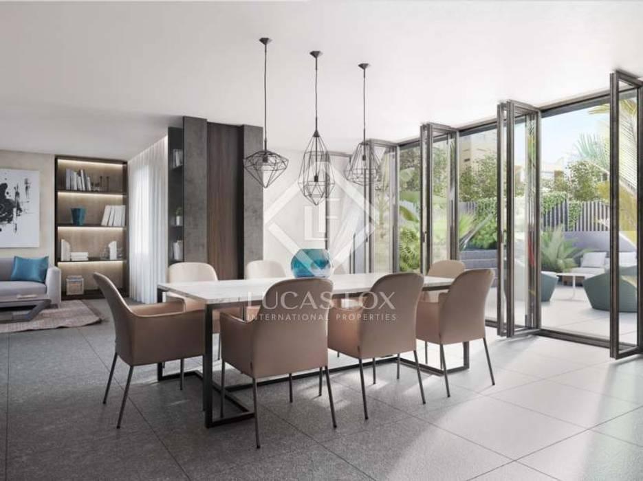 غرفة السفرة تنفيذ Ricardo Castineiras - Homify