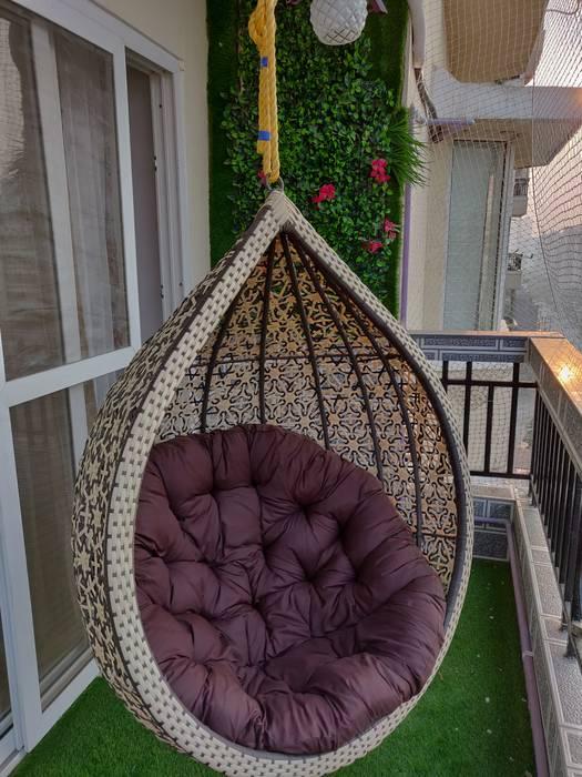 Balcony Modern balcony, veranda & terrace by Design Kreations Modern Wood Wood effect