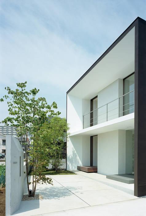 Modern houses by 松岡淳建築設計事務所 Modern