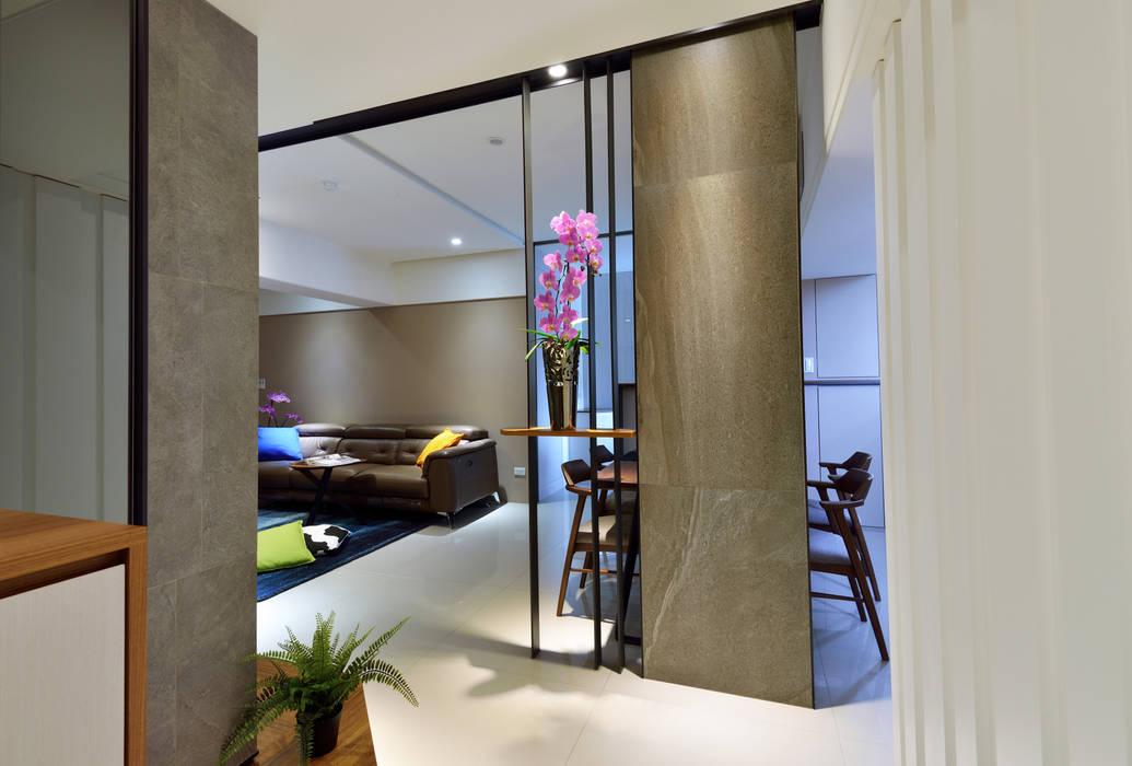 星葉室內裝修有限公司 Modern Corridor, Hallway and Staircase