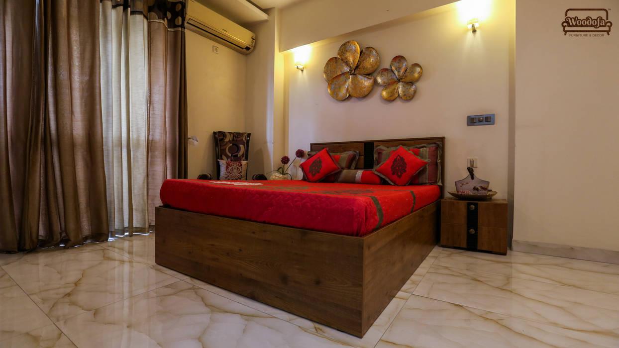 Bedroom Designs:  Bedroom by Woodofa Lifestyle Pvt. Ltd.