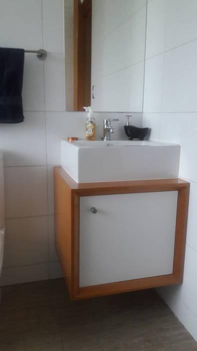 Muebles de Baño por SIMPLEMENTE AMBIENTE: Baños de estilo  por SIMPLEMENTE AMBIENTE mobiliarios hogar y oficinas santiago ,
