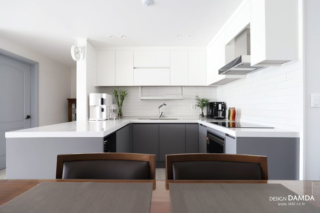 구미동 무지개 청구아파트: 디자인담다의  주방