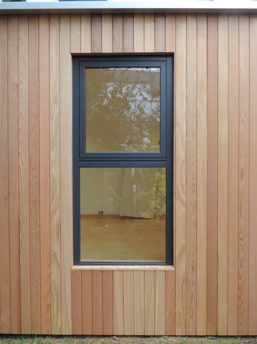 de Ecospace Italia srl Moderno Madera Acabado en madera
