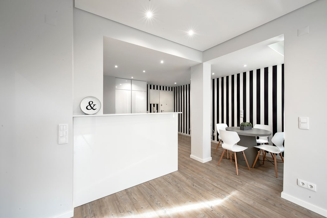 の ARQ1to1 - Arquitectura, Interiores e Decoração モダン