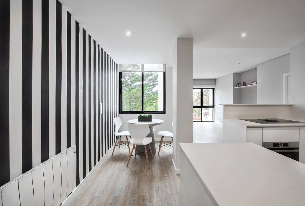 Comedores de estilo moderno de ARQ1to1 - Arquitectura, Interiores e Decoração Moderno