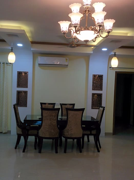Dr. Anju's residence:  Dining room by Design Kreations