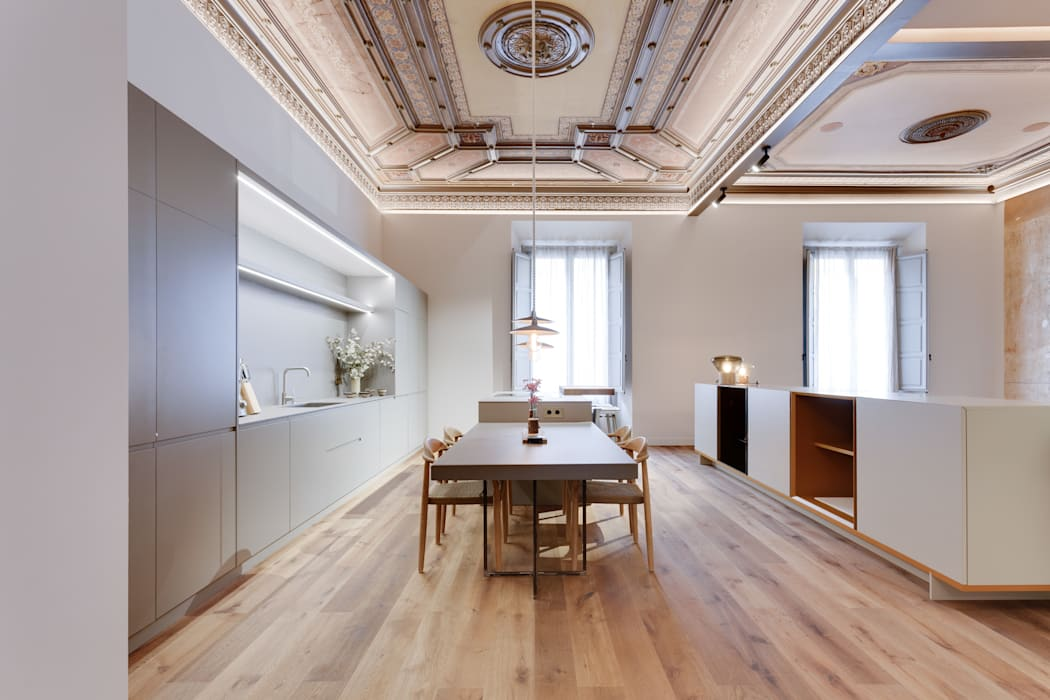 Lara Pujol     Interiorismo & Proyectos de diseño의  다이닝 룸