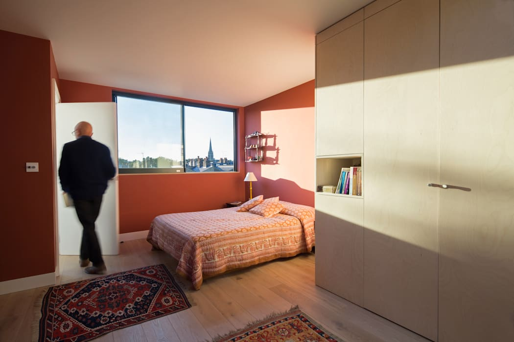 Gallery House Neil Dusheiko Architects Modern style bedroom