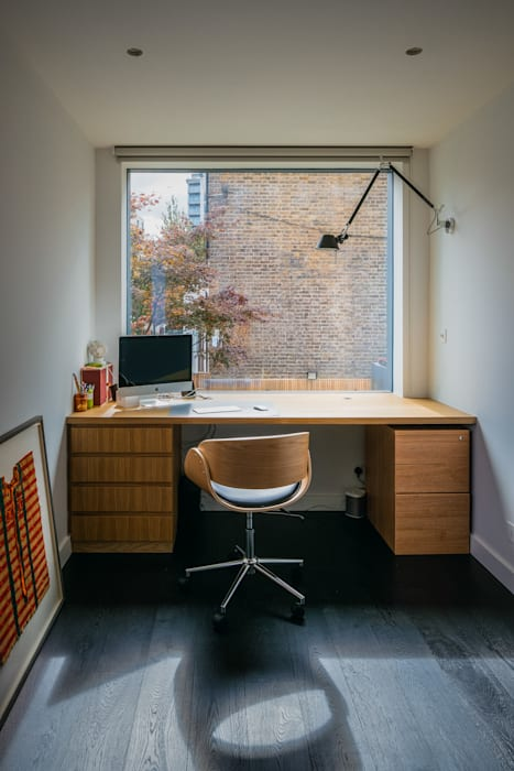 Petersen Brick House Neil Dusheiko Architects Modern study/office