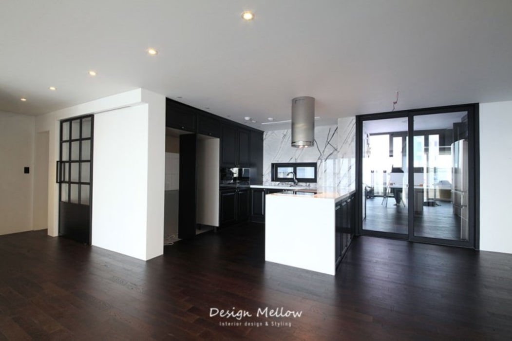Modern Dining Room by 스테이 모던 (Stay Modern) Modern