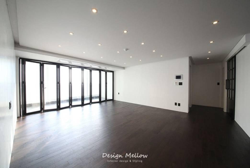 [42PY] 문현동 태영데시앙 아파트인테리어: 스테이 모던 (Stay Modern)의  거실