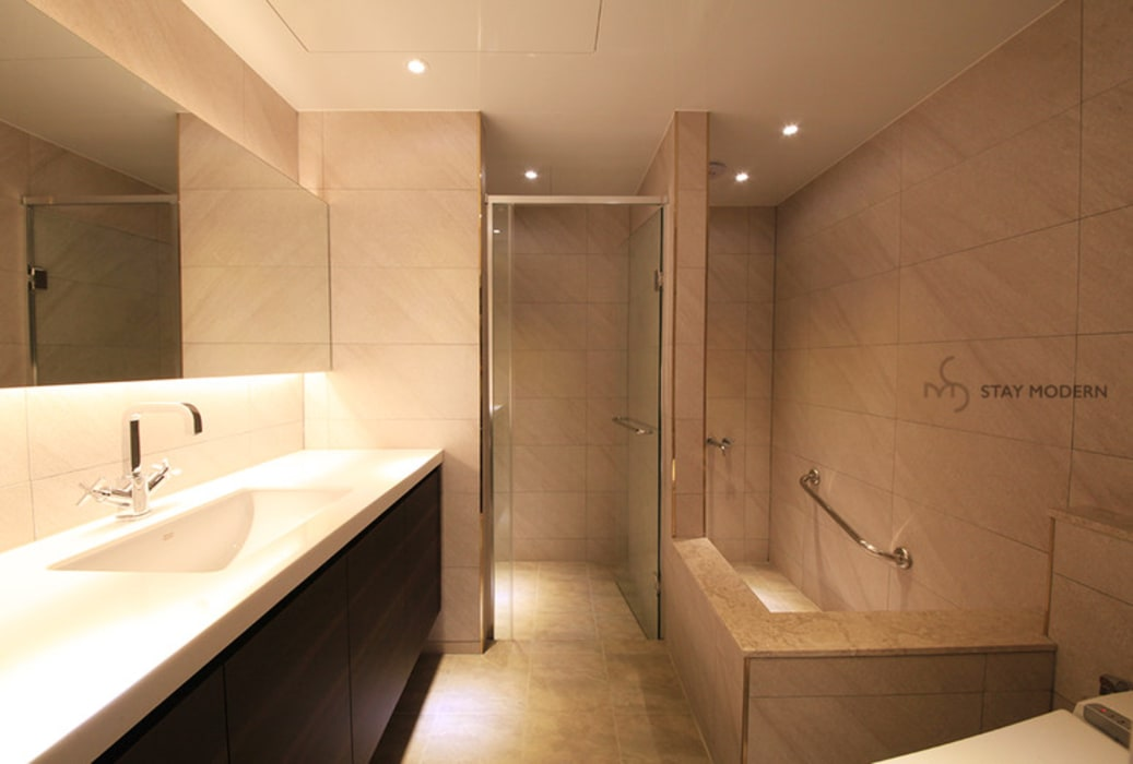 Bathroom by 스테이 모던 (Stay Modern),