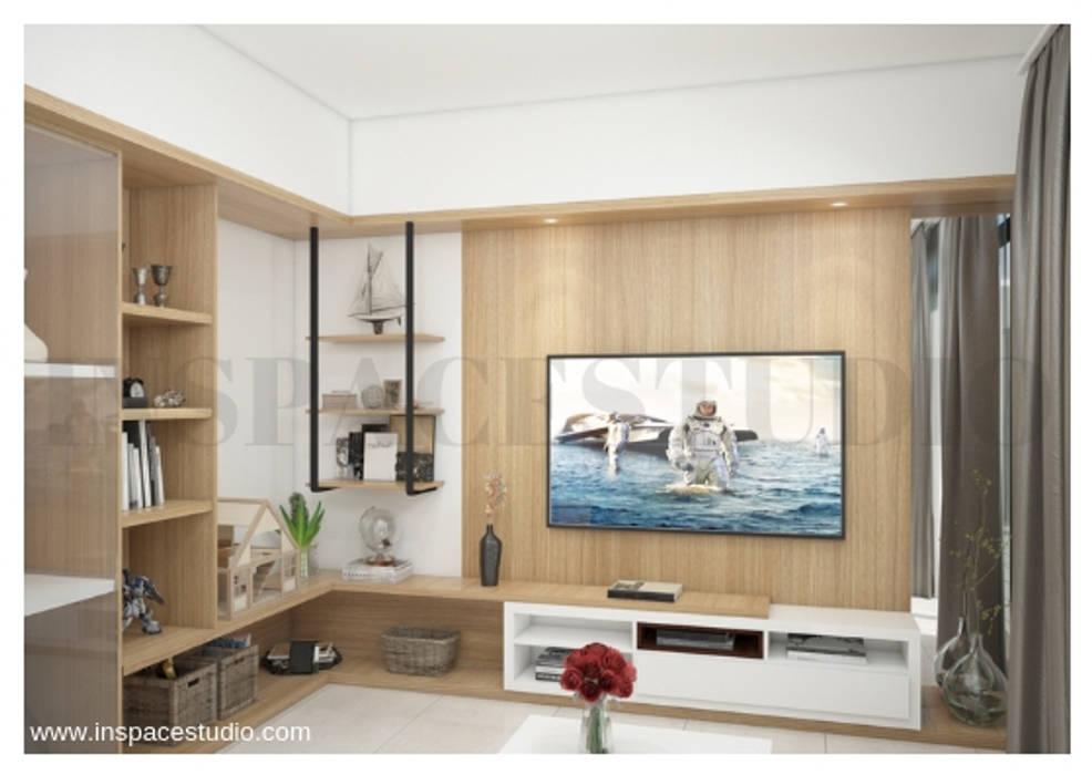 Rak Aksesories:  Living room by Inspace Studio