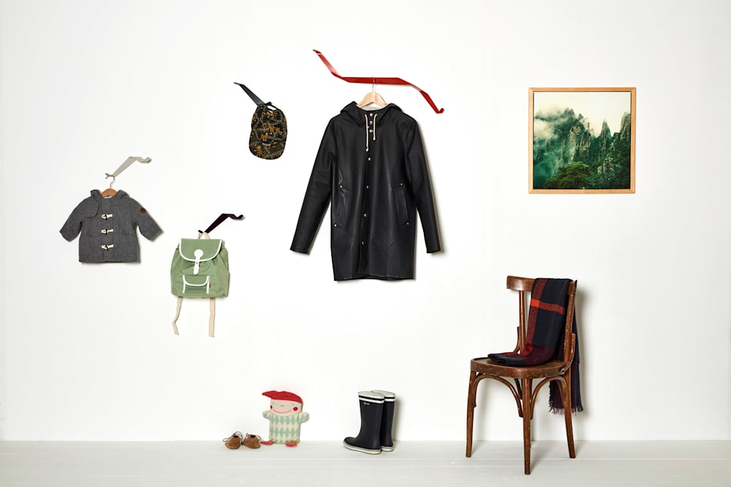 Garderobe aus Metall, Garderobenhaken für jede Wand: modern  von Neuvonfrisch - Möbel und Accessoires,Modern Metall