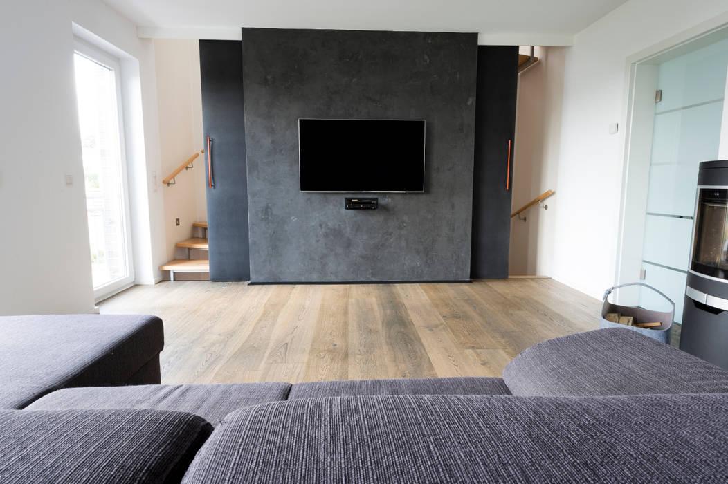 Wohnraum Mit Fernsehwand Wohnzimmer Von Hysenbergh Gmbh
