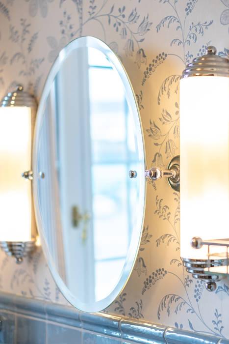 Nostalgie badspiegel mit leuchten: badezimmer von ...