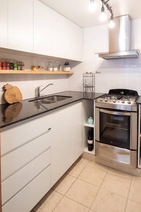 proyecto -zalo-: Cocinas de estilo  por olot design