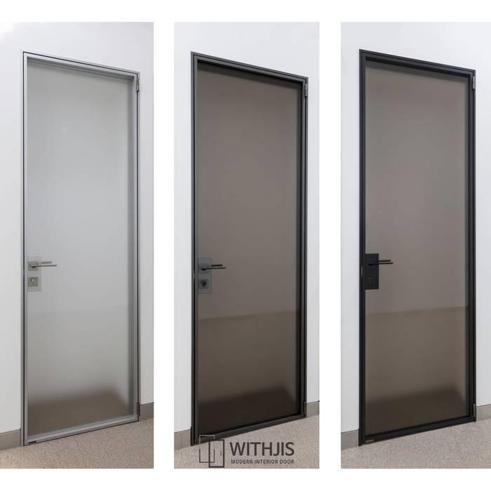 Estudios y despachos de estilo moderno de WITHJIS(위드지스) Moderno Aluminio/Cinc