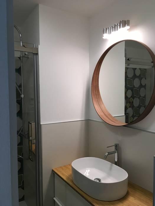 Specchio Tondo Bagno.Zona Lavabo Con Specchio Tondo Bagno Moderno Di